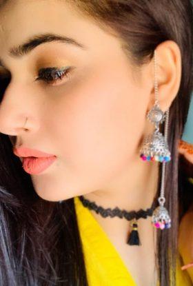 Pretty Face Indian Escort Peachy Ass